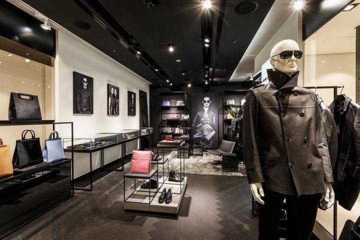 Porsche Design store at Breuninger by Plajer & Franz Studio, Stuttgart fashion