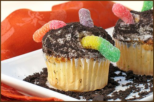 ... Dirt Cupcakes on Pinterest | Worms in dirt, Cookie crumbs and Cupcake