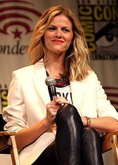 Brooklyn Decker - Wikipedia, the free encyclopedia