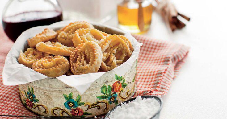 Découvrez cette recette de Cartellates pour 4 personnes, vous adorerez!