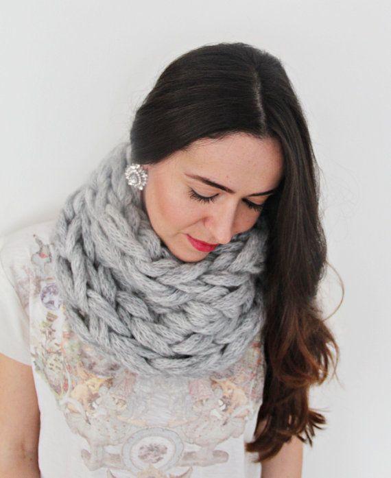 Tricotés à la main de Chunky Infinity foulard, écharpe surdimensionnée, Super