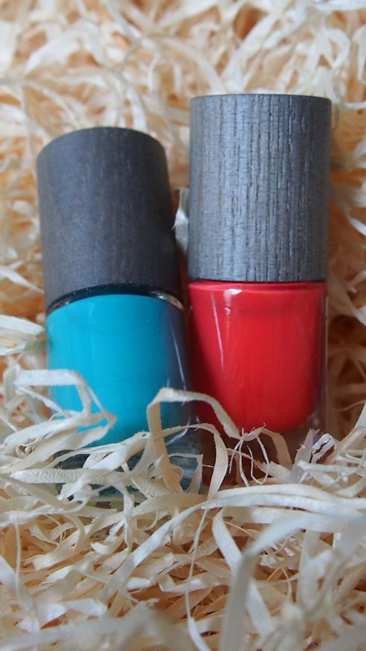 Boho nailpolishes. I love both!    #boho, #kynsilakat, #nailpolish, #nails, #producttesting