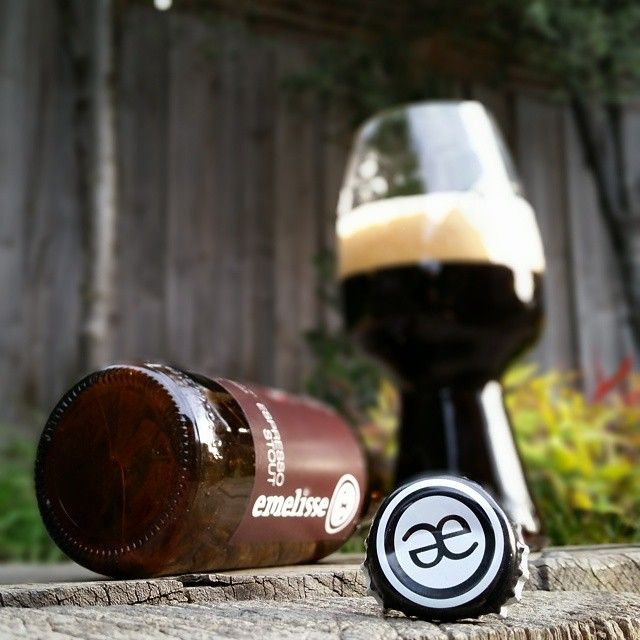Emelisse Espresso Stout & the stout glass - great pic from @beardface151. #craftbeer #stout #beer