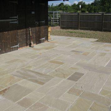 Global Stone Paving-Riven Sandstone 'Gardenstone'-Raj Blend-PAVING SLABS, MIXED SIZE (21.3m2)