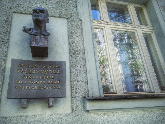 Vaclav Vydra, national artist and Czech actor, lived in this building in 1942-1953. [Czech]