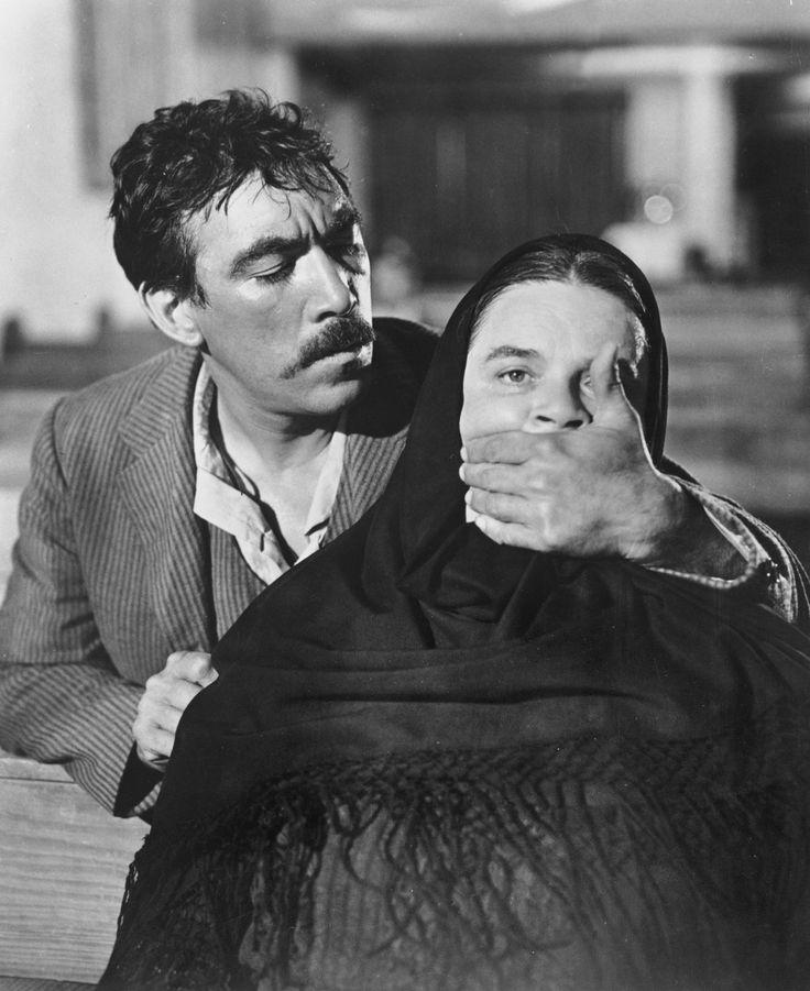 Anthony Quinn in Viva Zapata (1951) met in de Hoofdrollen ...