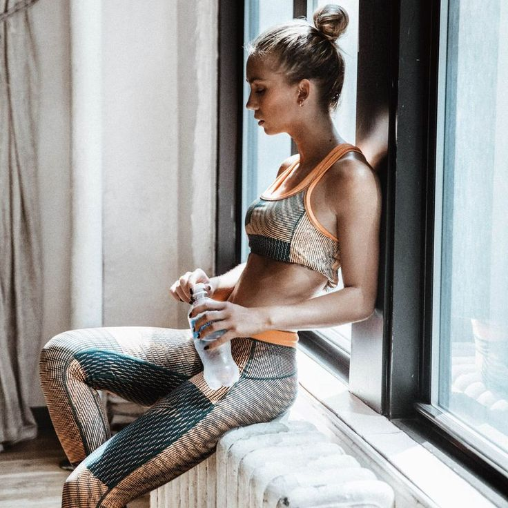 H 30λεπτη προπόνηση για όλο το σώμα που μπορείς να κάνεις μόνο με μία πετσέτα