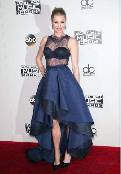 L'actrice Rebecca Romijn n'est pas du tout ugly !