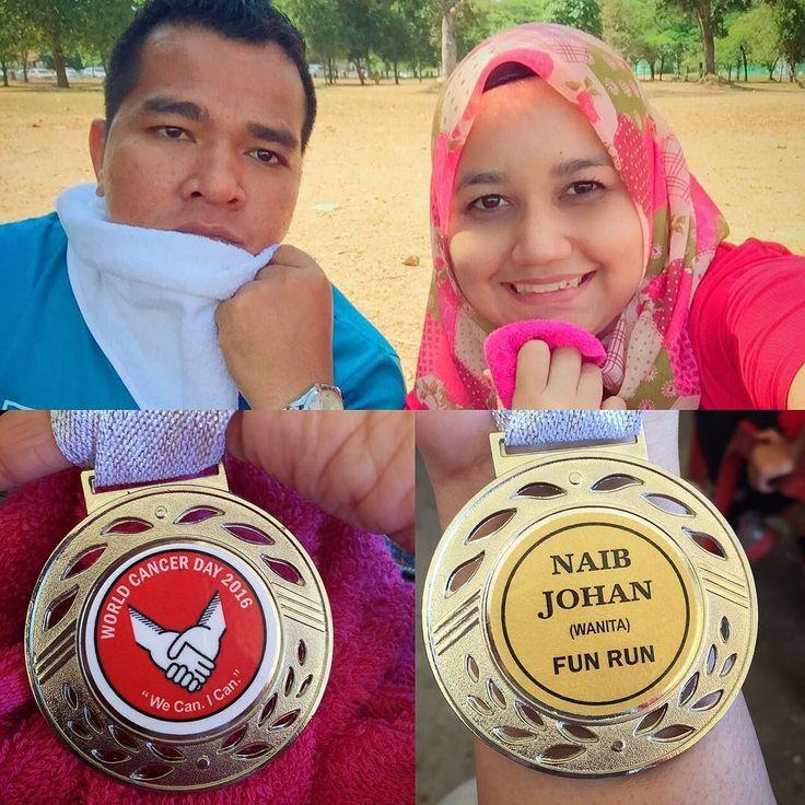 4.8 km untuk aku yg dh setengah tahun xberjogging. Kira okla kan.... Keraih betis kaki la kalu lama tak lari  #runfun #worldcancerday2016 #worldcancerday #oncologist #instanurse #instagram #nurses #teamnurses #nurseslife #oncologist #marathon #positivelife #positivevibes #strong #strongheart #strongperson #fate #medal #silvermedal #naibjohan #peringkatkebangsaan #proud #healthylifestyle #keepitup by datin_sofia
