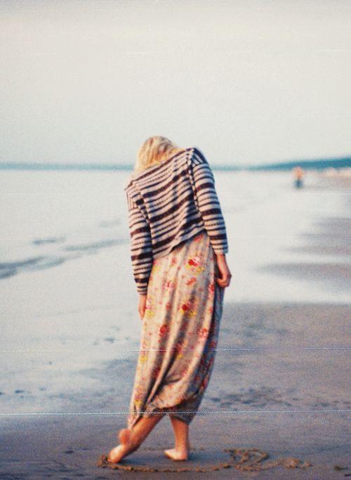 hellanne:    (by anna xamsa)