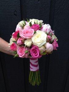 Bruidsboeket biedermeier rozen gemengd