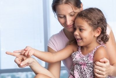 Comment communiquer avec son enfant de manière bienveillante et respectueuse ? (3 points pour développer sa confiance et son estime de soi)