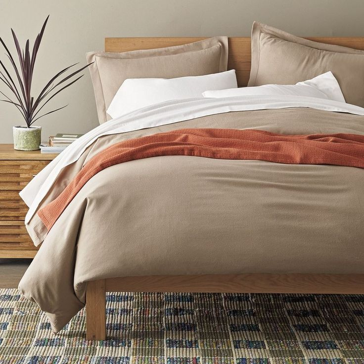 solid flannel bedding napped by master portuguese weavers our flannel bedding transforms your bed into a blissfully soft sleep retreat the company store