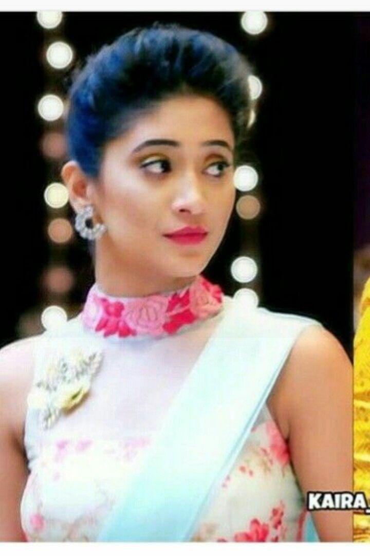 c0dbf3e2b9 Naira as keerthi yrkkh Lehnga Blouse, Saree Dress, Saree Blouse Designs,  Blouse Styles