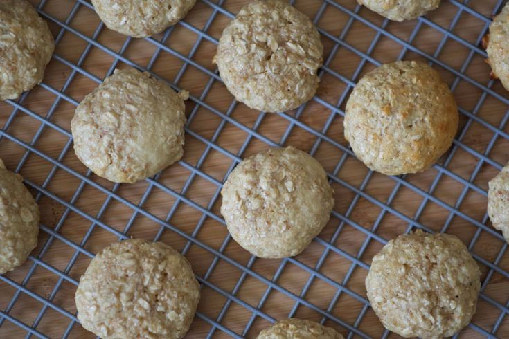 Enjoy these tasty, low sugar, & gluten-free, toasted coconut oatmeal cookies. They are quick to make and will satisfy any sweet tooth. INGREDIENTS •1 egg •½ cup unsweetened cocon
