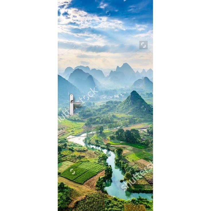 Deursticker Chinees landschap | Een deursticker is precies wat zo'n saaie deur nodig heeft! YouPri biedt deurstickers zowel mat als glanzend aan en ze zijn allemaal weerbestendig! Verkrijgbaar in verschillende afmetingen.   #deurstickers #deursticker #sticker #stickers #interieur #interieurprint #interieurdesign #foto #afbeelding #design #diy #weerbestendig #landschap #china #chinees #uitzicht #bergen #natuur #azie #verreoosten #oosters