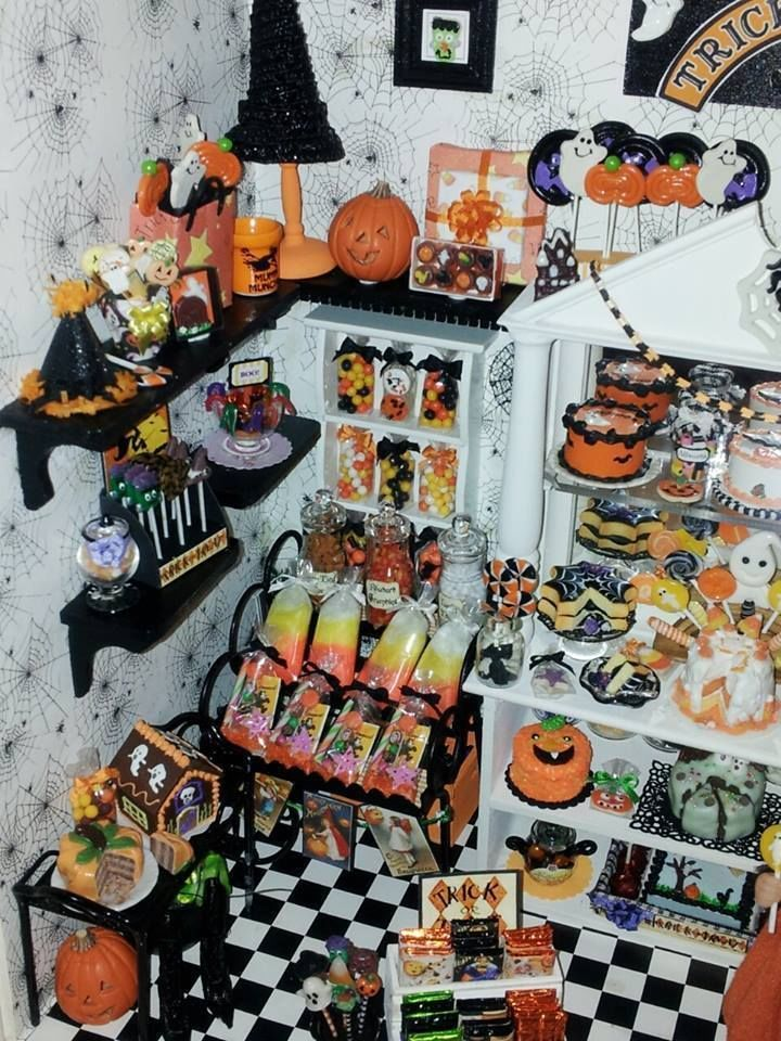 1 12 scale halloween candy shop roombox by artisan ooak dollhouse miniature ebay