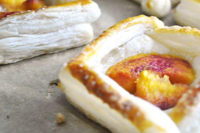 kizikuki: Ciastka francuskie z brzoskwiniami