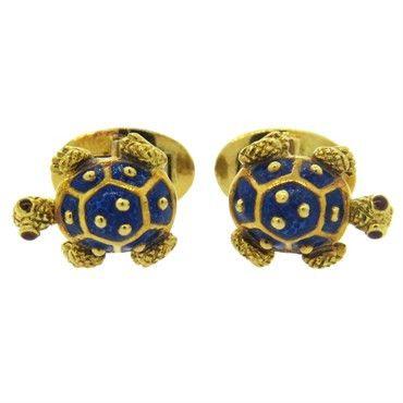 18k gold turtle cufflinks, decorated with blue enamel  DESIGNER: Not Signed  MATERIAL: 18K Gold  GEMSTONE:…