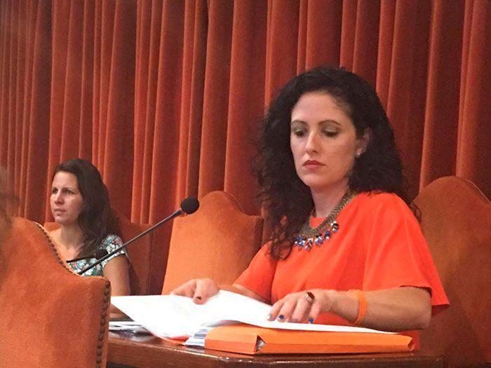 La formación naranja asegura que no respaldarán el acuerdo para desbancar a la socialista Rosa Arrabal hasta que José Alberto Armijo, José Miguel Jimena y Nieves Atencia renuncien a sus actas.   #ciudadanos #mocion de censura #nerja #vertedero