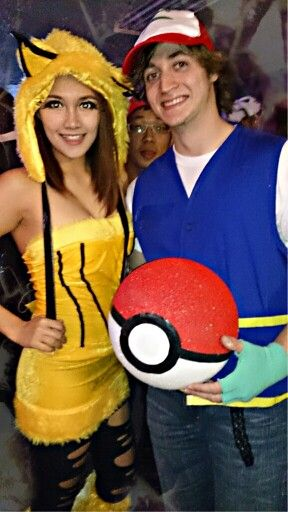 Happy Halloween! It's pikachu and Ash Halloween costumes.  DIY Ash's costume , pokeball and legging.