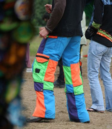 abbigliamento boom psytrance psychedelic festival fashion