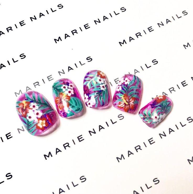 Tropical nail art from MARIE NAILS HAWAII location!  Give us a call to make an appointment:  808.589.1000  808.425.5785  #marienails #gel #gelnails #gelmanicure #nails #nailart #nailstagram #naildesign #nailaddict #nailartist #instanails #calgel #calgelnails #japanesenail #tropicalnails #flowernails #beachnails #summernails #japanesenailsalon  #マリネイルズ  #ネイル #ネイルデザイン #ネイルアート #ジェルネイル #ジェル