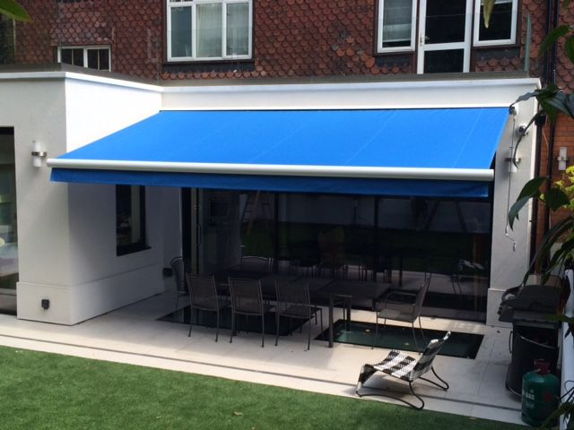 Manual Or Motorised You Choose With The Deans Blinds U0026 Awnings Classic  Awning
