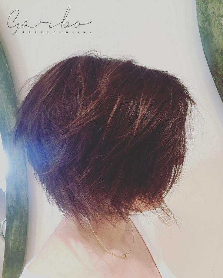 NUOVO TAGLIO SARTORIALE PER UN VISO DEGNO DI UN CAMBIAMENTO !  Grazie dell'immensa fiducia! Un abbraccio da tutto il Team --- #perunagrandedifferenza #tagliosartoriale #garboparrucchieri #taglio #corto #capelli #tagliocorto #capellicorti #nuovotaglio #nuovo #moda #tendenza #forbici #instahair #gropellocairoli #garlasco #vigevano #pavia #milano