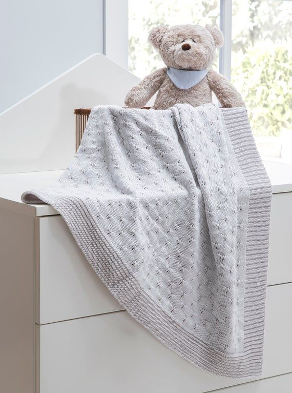 100 Cotton Vintage Knit Blanket Baby Boys And Baby Girls Hypoallergenic Organic Breathable Newborn Blanket Great Gift For Mom And Mom To Be In 2020 Knitted Baby Blankets Baby Boy Blankets Knitted Blankets