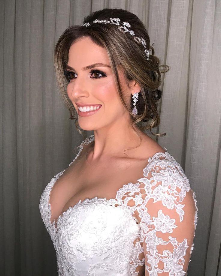 """3,276 curtidas, 22 comentários - THALYSON SALVINO CABELEIREIROS (@thalysonsalvino) no Instagram: """"#NoivasTS Marilia com aquela pele #PadrãoTS e cabelo com leveza e naturalidade!…"""""""