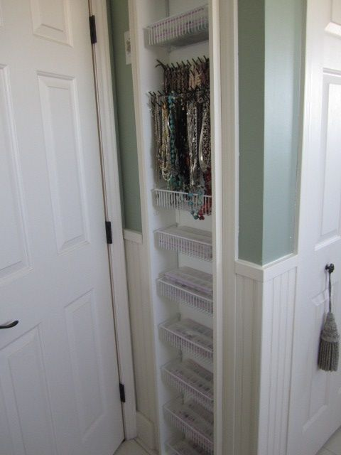 builtin jewelry storage between the studs