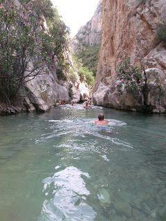 En casa no me pillan: 8 Sitios donde poder bañarte en las montañas de Alicante