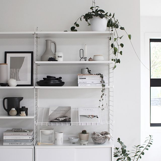 T.D.C: A New Magazine Shelf for the String
