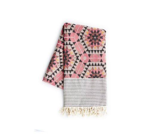 Plaid i rosa nuancer fra rym. smukt tæppe i rosa nuancer med et ...
