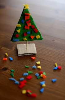 easy standing felt christmas tree