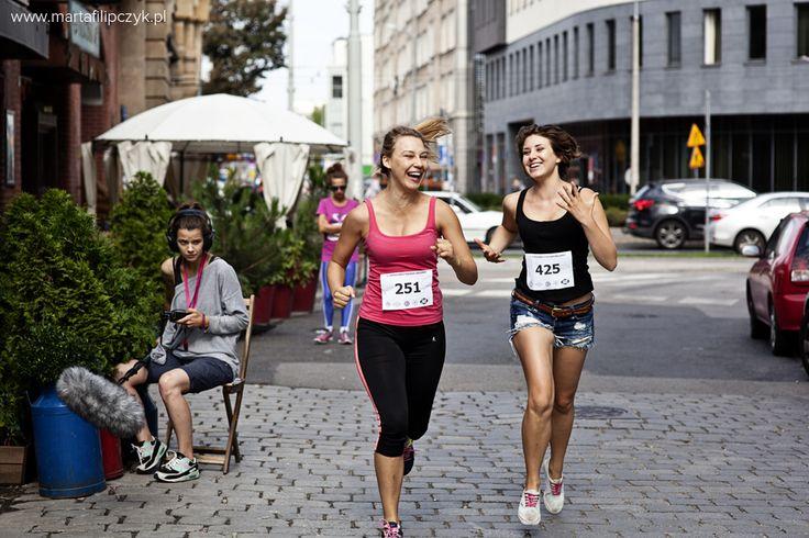 Maja Wachowka and Zofia Schwinke #serial #series #movie #film #production #marathon #backstage