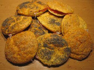[GV] BKB's: Braziliaans Kaas Broodje {Meerdere keren gemaakt (in muffinvorm), echt een favoriet hier thuis}