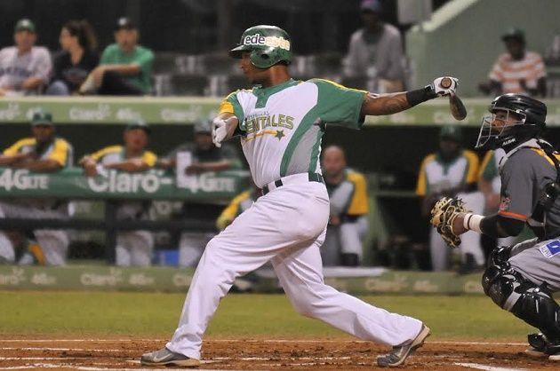 Estrellas en las Menores: Angelo Mora pega tres hits y empuja cuatro en AA