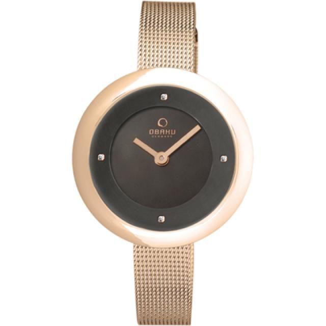 OBAKU HORLOGE | Rosé kleurig dameshorloge met contrasterende zwarte wijzerplaat | http://www.horlogesstyle.nl/obaku-horloges #obaku #chique #dameshorloge
