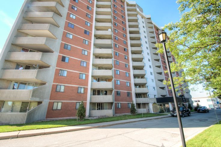 2 Bedroom Apartment Condo in White Oaks with Tennis Courts!  $82,000 - www.ForestCityTeam.com  #LdnOnt #London #LondonOntario #RealEstate #Realtor