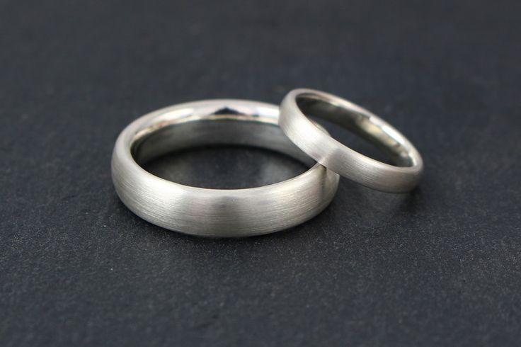 Eheringe - Eheringe schlicht aus Silber - ein Designerstück von Ina-Stehle bei DaWanda