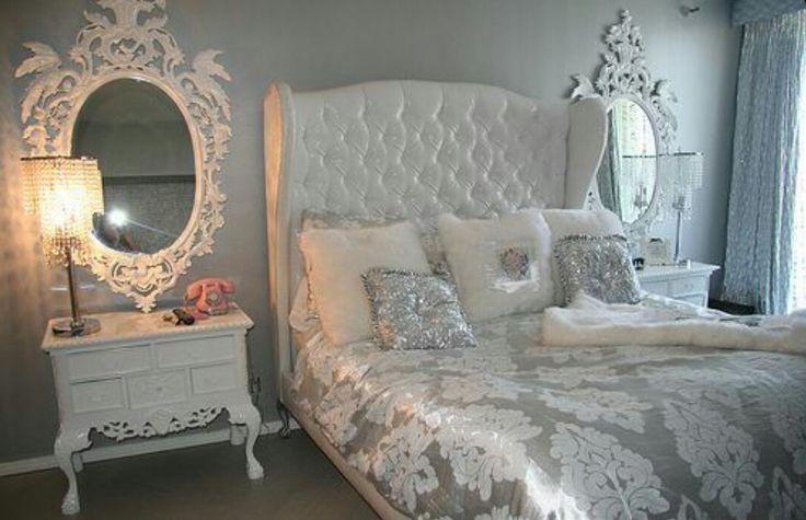Chambre blanche et argent recherche google cocoon - Decoration chambre baroque ...