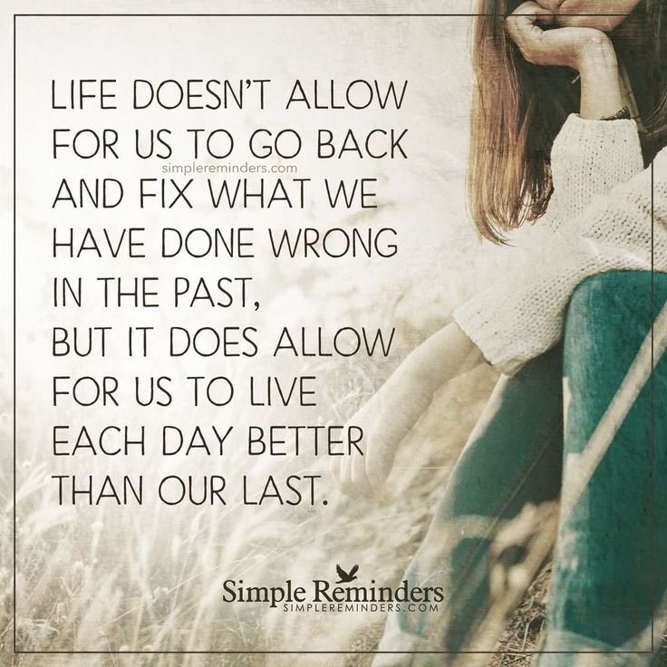 life was simpler in the past Live (third-person singular simple present lives, present participle living, simple past and past participle lived) ( intransitive ) to be alive  to have life  he's not expected to live for more than a few months.
