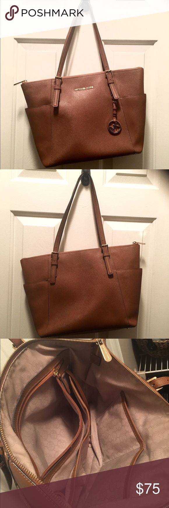 """Michael Kors Jet Set Large Tote """"Luggage"""" Great condition, no tears/scratches/stains. MICHAEL Michael Kors Bags Totes"""