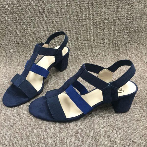 2017 летом новый европейский этап внешней торговли обуви открытые сандалии пальца ноги растянуть Bromma чуть ли не с квадратными пятки пряжки обуви - Taobao