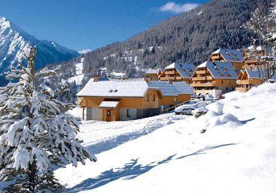 Résidence Prestige Le Hameau de Praroustan à Pra Loup prix promo Odalys Vacances à partir de 142,00 Euros TTC