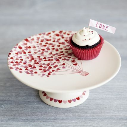 Sur La Table Valentine\u0027s Heart Cake Stand on shopstyle.com & 2129 best DECORATIVE CAKE STANDS images on Pinterest | Dish sets ...
