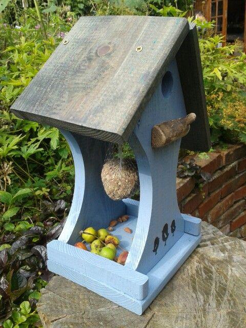 Vogelhuisje en voederhuisje