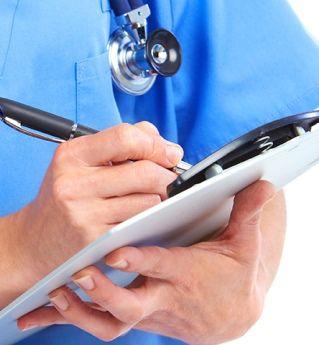 Jak zmieni się opieka zdrowotna od 2015 roku? Czy będzie to Chory ROK, pełny kolejek i chaosu? Od stycznia reformy związane z pakietem onkologicznym i kolejkowym.